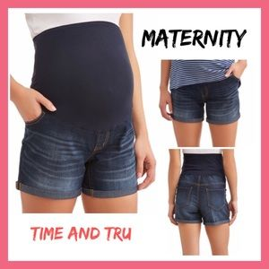 Time and Tru Maternity Dark Wash Shorts NWT